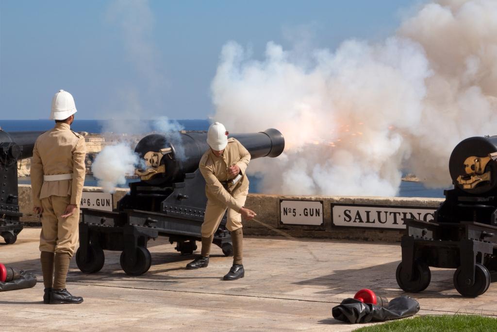 Saluting Battery, rievocazioni storiche, Malta